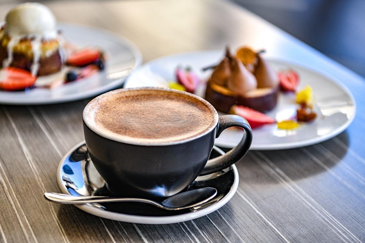 Searock Grill coffee and desserts