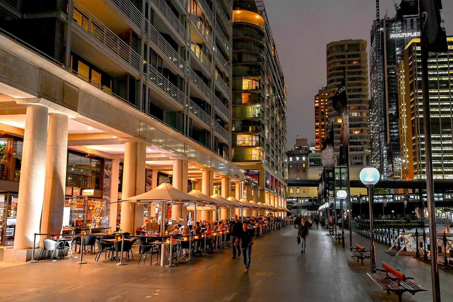 Searock Grill at Night – promenade, Circular Quay